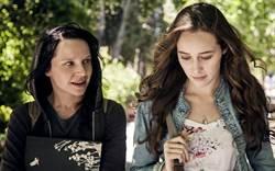 臉書版《七夜怪談》戲如人生 兩女身陷奇妙巧合
