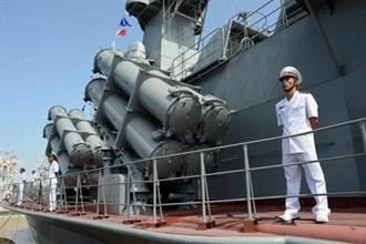 南海爭權 越南國產閃電級飛彈艇提前下水