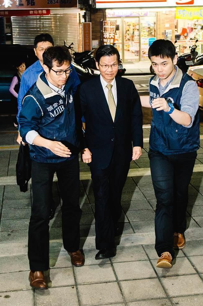 中研院院長翁啟惠(見圖)21日於台北市調處約談過後,移送士林地檢複訊。(郭吉銓攝)