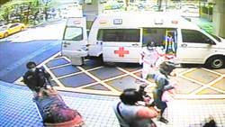 印尼孕婦機上生產  降落高雄送醫