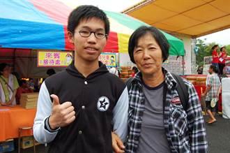 與嬤樟腦寮車站賣茶葉蛋為生 張皓閔:很幸福