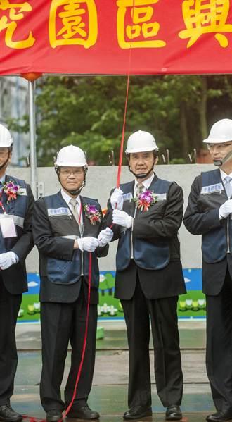 浩鼎案後 馬英九、翁啟惠首度公開場合會面