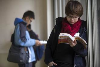 多所大學將英檢列入學期成績 消弭畢業生英語能力學用落差