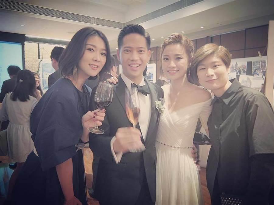薛凱琪(左)到場祝賀郭詠淳與楊愛瑾的婚禮。(圖/取自薛凱琪臉書)