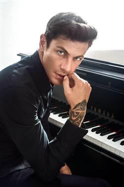 跨界鋼琴家邁可森 下月訪台演奏《不可能的任務》