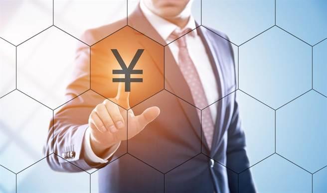 為什麼日圓會成為明星避險貨幣?什麼樣的總體基本面造就了日圓?國立政治大學國貿系郭炳伸教授深入分析。(示意圖/達志影像 Shutterstock提供)