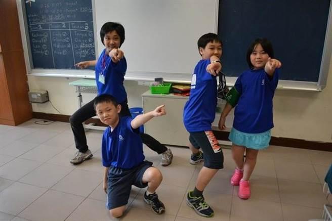康橋領袖營 今夏推出「英語、探索、數學」主題營隊。圖片提供/康橋雙語學校