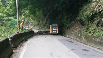 台7線32.9公里震後再土石坍塌 已搶通