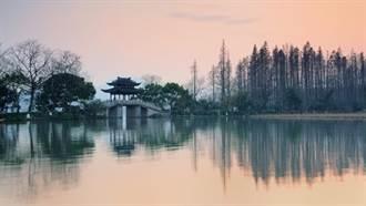 暑來寶!福氣中國暢遊大江南北 米奇陪玩上海迪士尼
