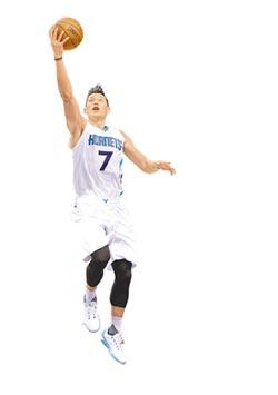 暑假瘋林書豪 入選率僅7.8% 國泰籃球營報名 秒殺