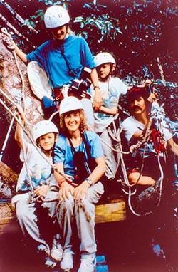 爬樹的女人 堅守科學人生