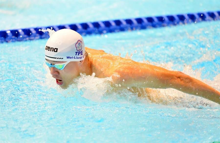 台灣蝶式泳將周偉良本次日本公開賽200公尺蝶式游出生涯最佳成績。(教練陳怡仲提供)