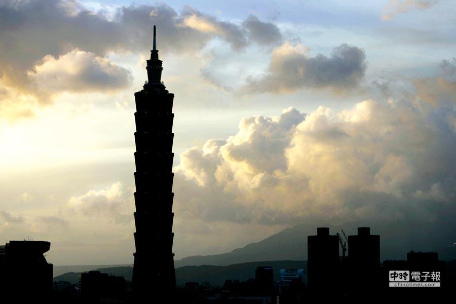 台灣從去年第三季開始至今年第一季,經濟成長率分別為-0.80%、-0.89%、-0.68%,表示台灣從去年下半年就已經陷入經濟衰退。(本報系資料照)