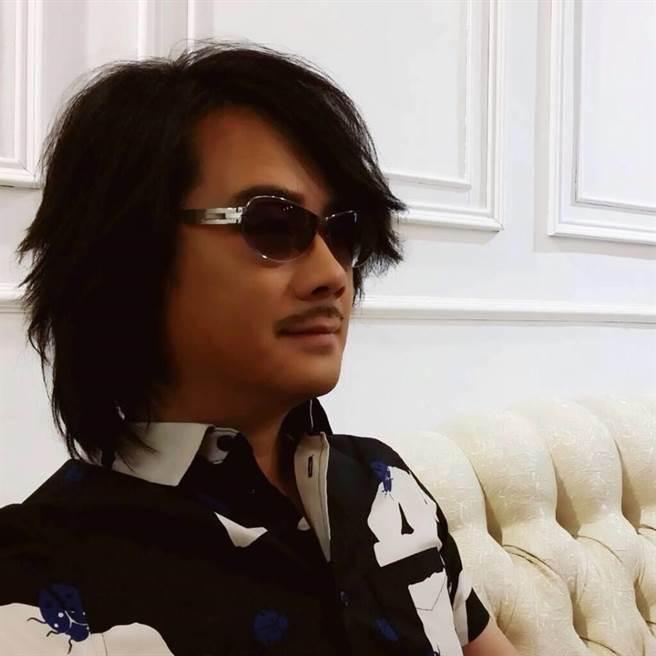 陳建寧旗下的「魔耳娛樂」,日前傳出由林隆璇接手。(翻攝陳建寧臉書)