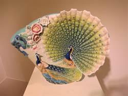 法藍瓷15周年「榮耀開屏」 孔雀瓷瓶上市