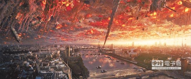 外星人在《ID4星際重生〉重返地球,帶來更全面、更具毀滅性的攻擊。