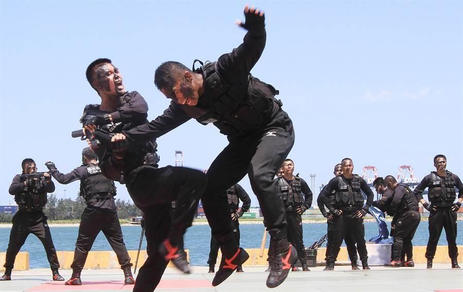 海巡特勤隊除格鬥戰技能力。(中時資料照)