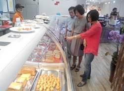 顛覆傳統!陳永雄賣豬肉複合咖啡麵包與簡餐