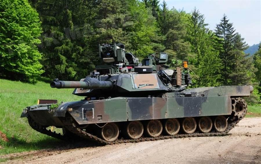 美國持續改良現有M1A2戰車,在防護力與電子裝備上更有提升。(圖/Military today)