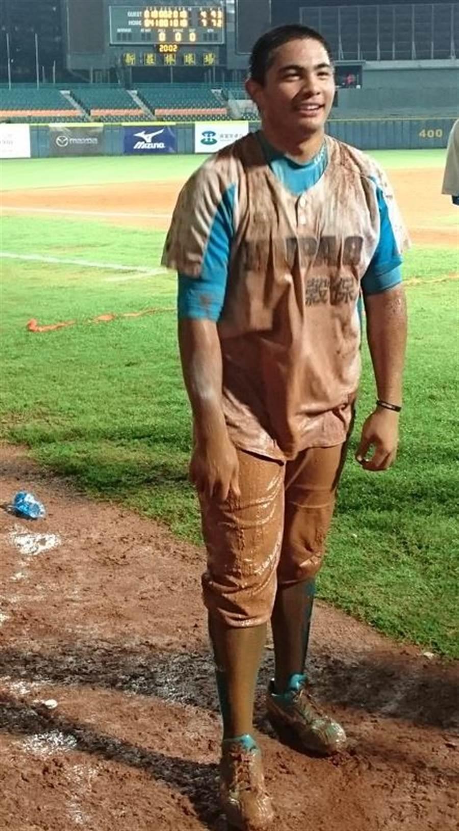 來自棒球世家的陳琥將努力在職棒打出佳績,以慰父親在天之靈。(中時資料照片,陳志祥攝)