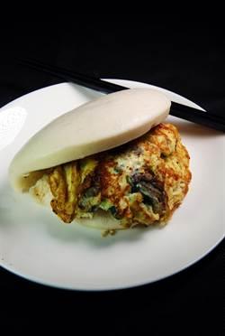 永康商圈首見深夜食堂 「粥古意」台客漢堡誘客