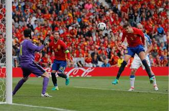 歐國盃》夏奇拉老公皮克建功 西班牙勝捷克