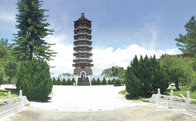 蔣公行館暨王太夫人紀念堂園區,602地震後修復重新開放,但人氣未恢復顯得相當寧靜。(沈揮勝攝)