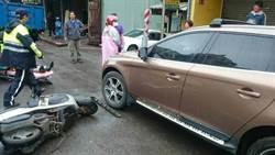 亂開車門害人要罰了! 立院初審過關