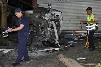 轎車衝撞宜蘭店家 2人命危