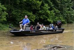 美西維吉尼亞州暴雨成災 23死