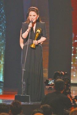 金曲獎》老蕭、郎朗和鳴《夢不到你》致敬特別貢獻獎 黃鶯鶯:把獎獻音樂輝煌年代