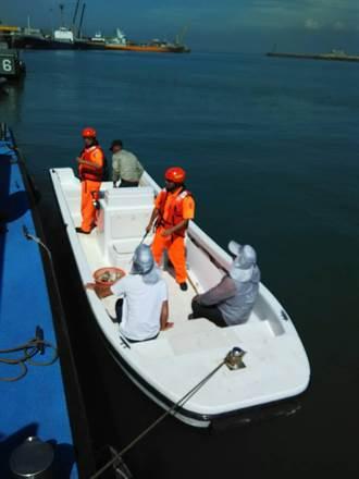 大陸快艇亂闖金門 海、岸巡隊包抄逮捕
