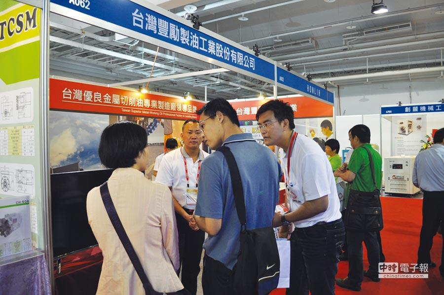 今年首次參展的台灣豐勵在展場中卯足全力,成功吸引參觀人潮拓展營運。圖/郭文正