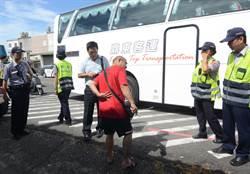 酒駕撞傷3人肇逃 警民圍捕逮人送辦