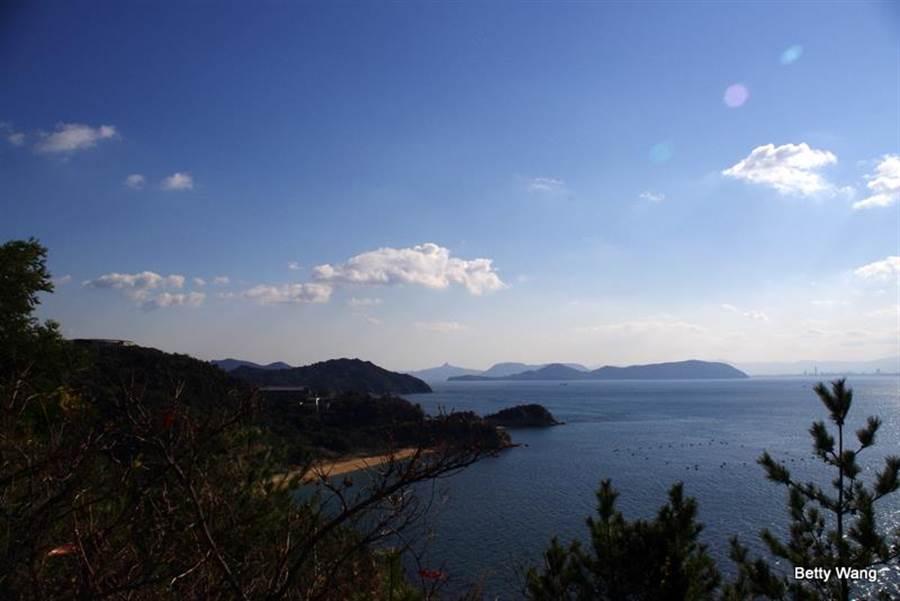 瀨戶內海串聯起四國、倉敷美觀以及單車族最愛的島波海道,讓各國旅人感受日本異國風情。