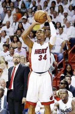 NBA》「雷槍」艾倫想復出 看上勇士4隊
