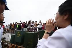 災民高喊「要資源」 蔡英文「全力挺台東」