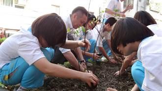 《產業》亞洲漿紙攜國際珍古德協會,打造校園生態多樣性