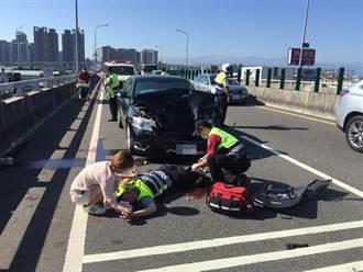 執行勤務遭無照酒駕女追撞 交警右小腿截肢