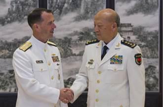 共軍海軍司令員吳勝利:應對挑釁  島礁建設不會半途而廢