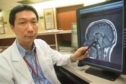 腦瘤變大險失明 孕婦為子苦撐半月才開刀