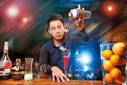 型男Bartender 用調酒說故事