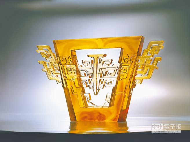 適合穩重老爸的「揚鼎四方」,5萬8800元。(琉園提供)