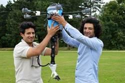 難民兄弟發明掃雷無人機 掃雷速度可加快20倍