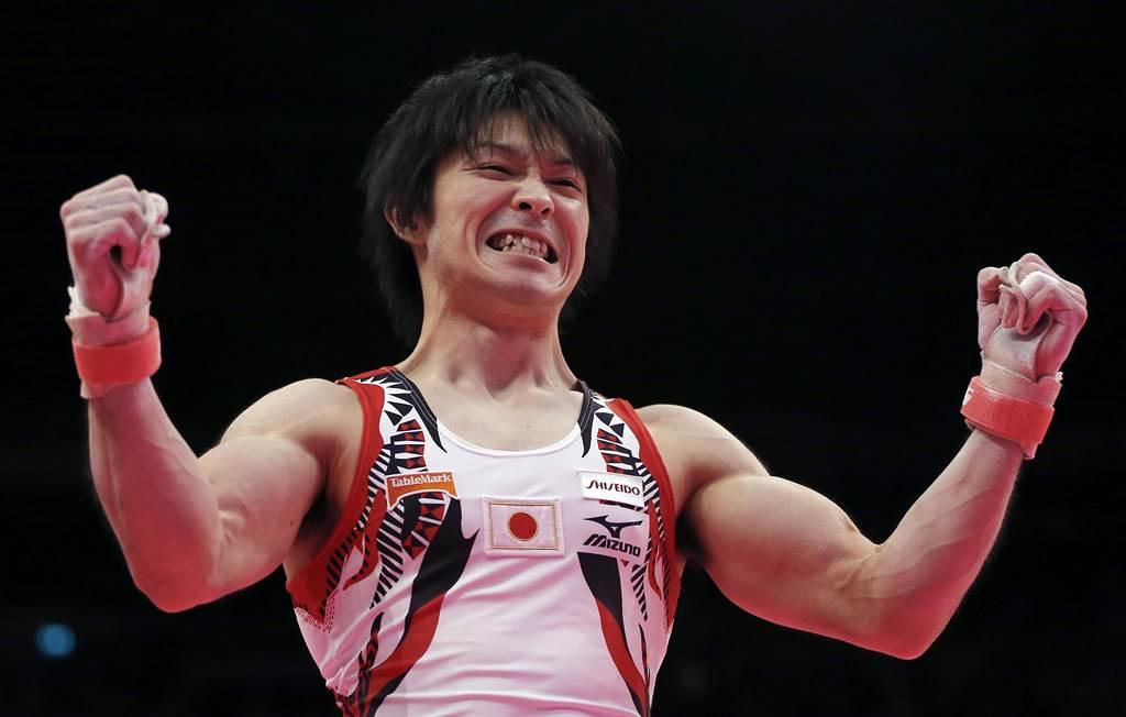 勇奪2016年里約奧運男子團體與個人全能雙金的日本體操名將內村航平,宣布明年東京奧運將不參加團體與個人全能賽,專注於單槓項目。(美聯社資料照)