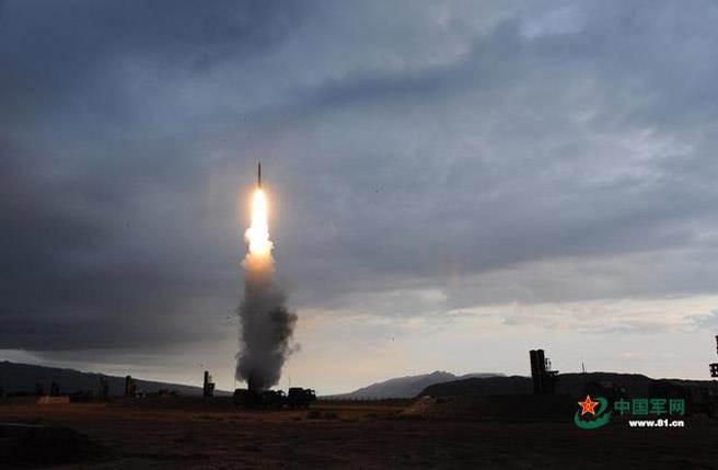 中國以「紅旗19」做為反導彈,圖為「紅旗9」。(圖/中國軍網)