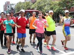 新竹城市馬拉松開跑 美女主播簡懿佳來代言