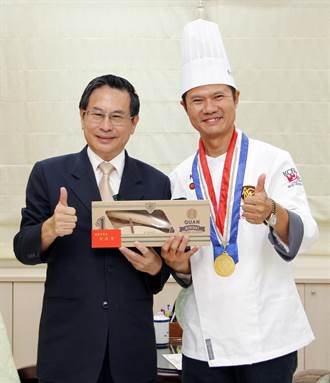 草行居主廚辜耀義素食料理 出國比賽奪金獎
