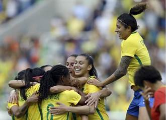 里約奧運》巴西女足逞威 大陸九頭身美女門神沒轍