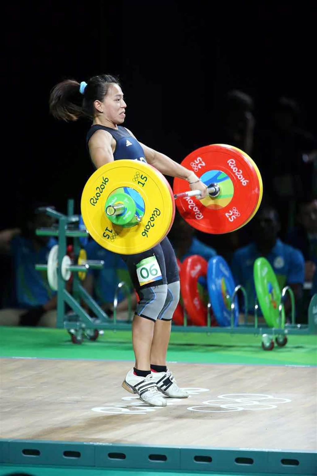 台灣58公斤級舉重女將郭婞淳抓舉102公斤的成績,並列第二。(陳信翰攝)